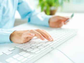 Płatności kartą w e-commerce
